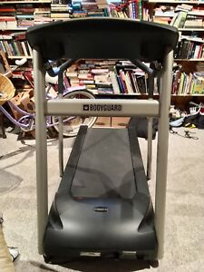 Bodyguard T240 Sport Treadmill (Near New)