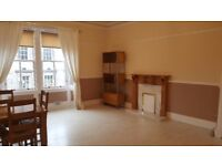 Bright attractive first floor feature flat for rent