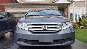 2013 Honda Odyssey EX Minivan, Van - 8 Passengers - Low KMs