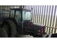 IH 674 tractor
