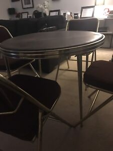 Card table and 4 chairs, great condition 50 obo