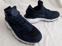 Nike Air Huarache Midnight Navy Blue/White 318429-444