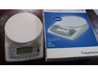 Boxed WEIGHT WATCHERS WEIGH & POINT Scales