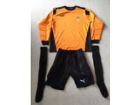Men's full team football kit