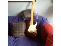 FENDER STRATOCASTER 1989 GOOD CONDITION AND NICE PLAYER