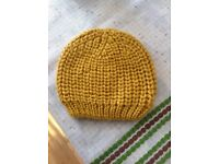 £2 Woolley hat in excellent condition