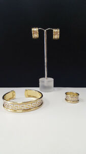 18K Bangle, Ring and Earring Set