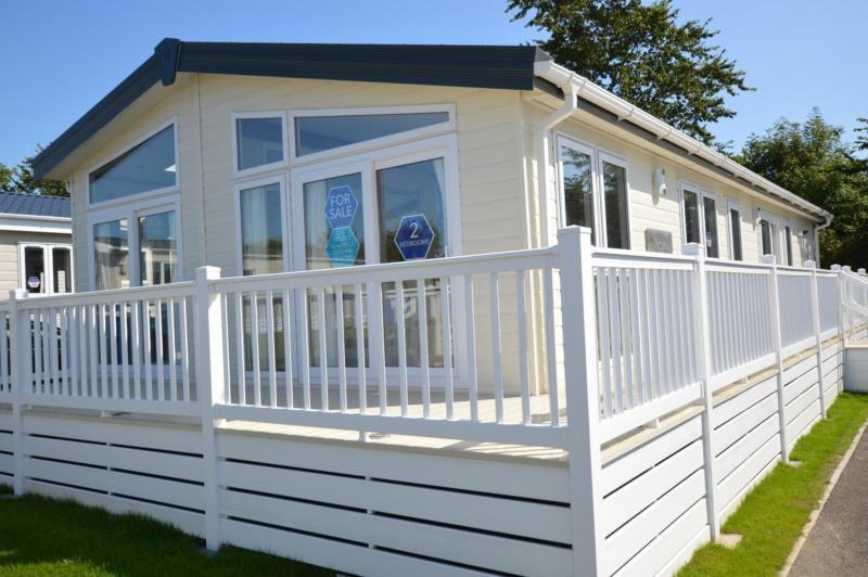 Luxury Lodge Barnstaple Devon 2 Bedrooms 6 Berth Pemberton Rivendale 2016 Tarka