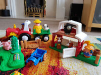 Fisher Price Little people noise farm with horse stable and tractor with trailer