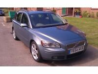 VOLVO V50 SE LUX (Euro 4), 6 speed manual, turbo diesel, with all extra, drives well, £1995 o.n.o