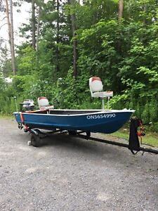 14' Aluminum Fishing Boat with 20hp Evinrude and trailer