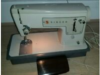 Singer Heavy duty electric sewing machine