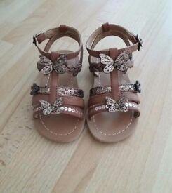 Brand new Girls toddler sandals size 6