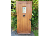 Quality oak hardwood door with cast fittings and keys