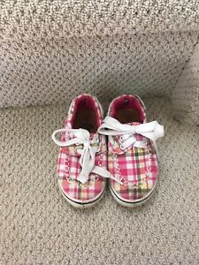 Size 7 girls plaid dawgs