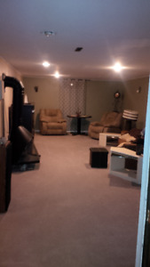**SNAZZY 1BDRM+DEN**AVAILABLE*NOW**