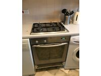 Built-in Indisit electric cooker, gas hobs and hood