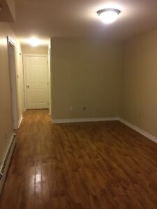 South End 3 Bedroom Apartment Near Hospitals and Universities