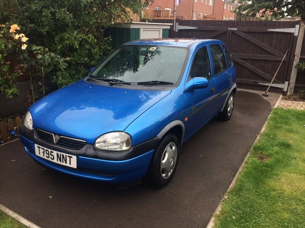 Vauxhall Corsa Breeze 12 16V Automatic Arden Blue Auto 1999 In