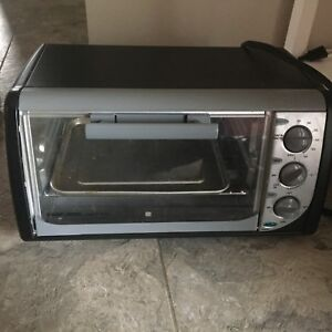 B&D Toaster oven