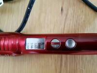 BABYLISS 2285U RED PRO CERAMIC CURLING WAND FWO UP TO 200 DEGREES