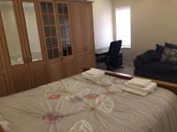 Holiday Apartment Let - 1 week / 2 weeks - 2 Bedroom Serviced Apartment / Sleeps 4