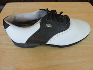 Ladies Golf Shoes, New Condition