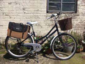 Pendleton Heath - Ladies/Teens vintage city-style bike (as new)