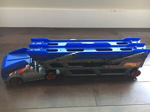 Hot Wheels Turbo Hauler Vehicle