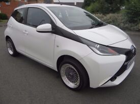 2016 TOYOTA AYGO 1.0 VVT-I X PLAY 5DR 1 OWNER ONLY 6 THOUSAND MILES FROM NEW FREE ROAD TAX LOOK!!