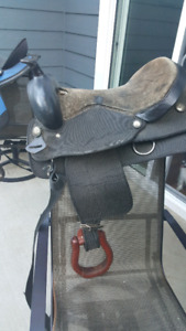 16 inch Western Saddle - awesome deal!