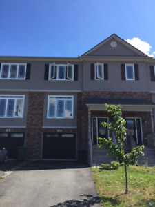 Beautiful BRAND NEW 3 bedrooms Townhouse, Larry Uteck