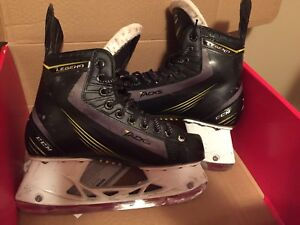 Youth CCM Tacks  Size 5.5
