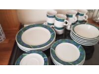 Green & Blue Tartan Dinner service
