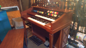 Vintage Organ $40