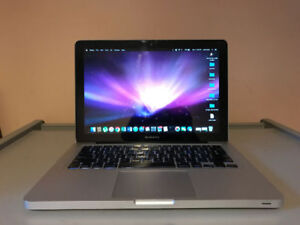 Mid 2010 Macbook Pro - 8gb ram and with accessories