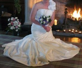 Andrew Harker Acacia Wedding dress
