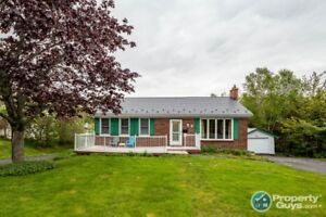 Charming 4 bed/2 bath updated bungalow