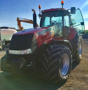 Case Magnum 225 Tractor