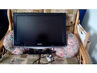 "Samsung 32"" HD flatscreen tv"