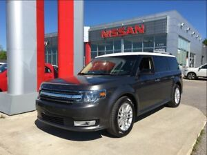 2015 Ford Flex SEL AWD, heated seats, power tailgate, Bluetooth