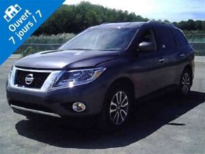 2014 Nissan Pathfinder SV, AWD, BANCS CHAUFFANTS, CAMERA DE RECU