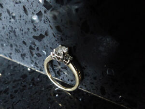 1.00 CT. T.W. 14k Yellow Gold Ring Including A Diamond Necklace