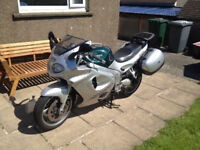 Triumph Sprint ST 955 955i Silver includes panniers, scottoiler, heated grips and touring windscreen