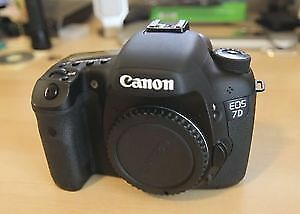 CANON 7D PRO SLR CAMERA, 18-135 LENS. BOTH NEW, NEVER USED
