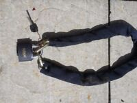 Heavy duty motorcycle lock and chain
