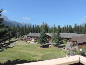 Lodging near Canmore and Banff for 1 week