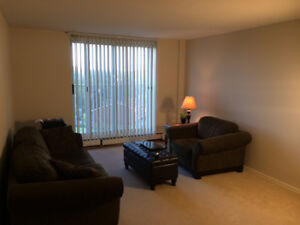 Available ASAP - 1 Bedroom in an Apartment Building - $500 OFF