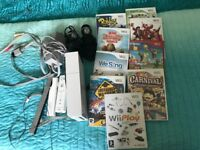 Wii and games controllers and leads