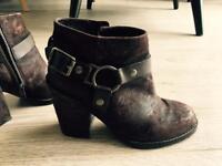 Short heels faux leather brown size 5 (38 EU)